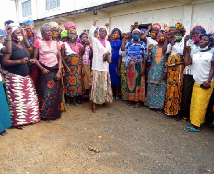 WOME_Sierra_Leone_meeting with the female artisanal miners in Nimikoro