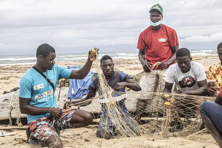 fishermen at work_grand lahou-acjg